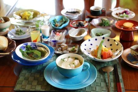 okinawadaiichihotel-naha-breakfast-tieup.jpg