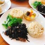 ブラインドレストラン〜暗闇で食べるランチ