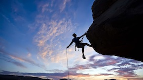 Courage-to-challenge-the-climb-of-the-cliff_1366x768.jpg